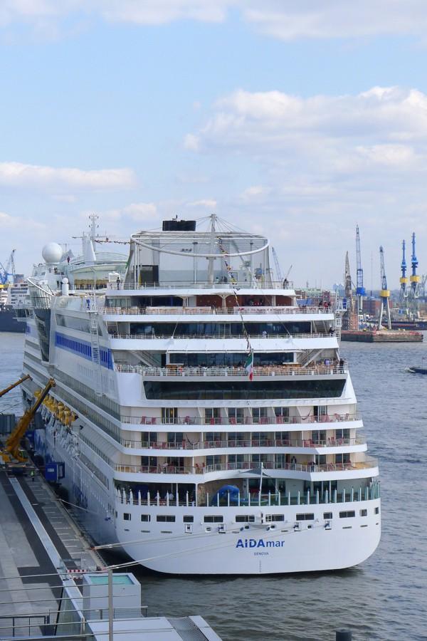 Hamburg cruise terminal