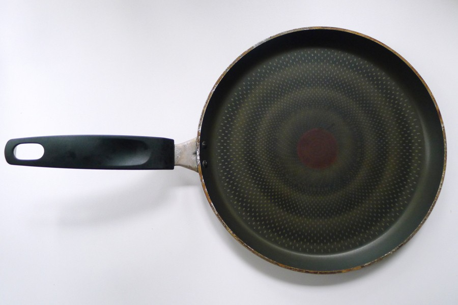 oude tefal teflon pan die inmiddels slecht voor je gezondheid is