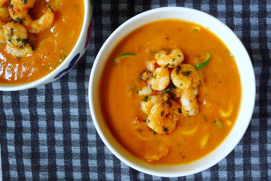 pompoen tomaten soep garnalen