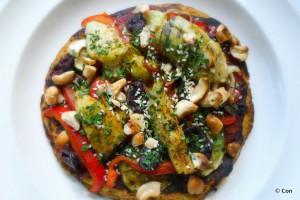koolhydraatarme pizza met marokkaans geroosterde groente