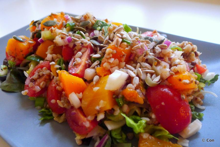 Boekweit salade met pompoen en tomaatjes