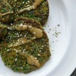 spinaziekoekjes tahini dressing