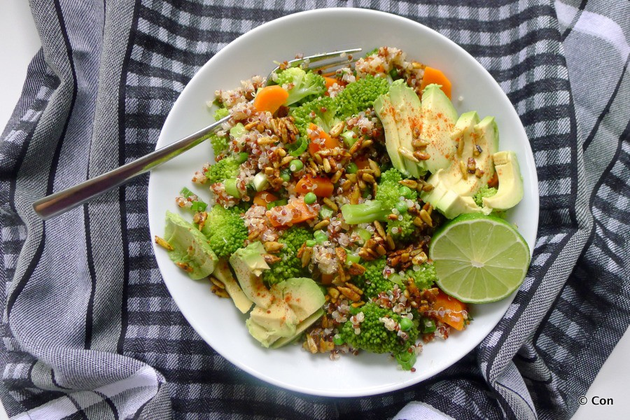 broccoli salade quinoa