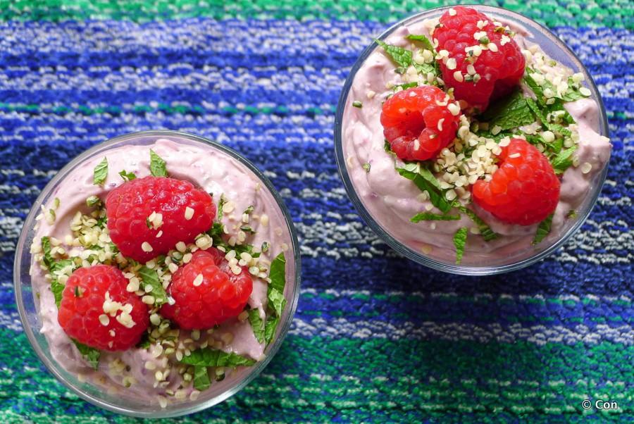 Rood fruit avocado pudding recept ~ minder koolhydraten, maximale smaak ~ www.con-serveert.nl