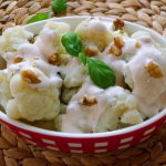 Turkse bloemkool salade Karnibahar salatasi