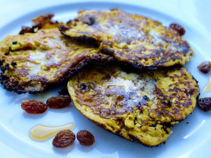 arepa di pampuna pompoen pannenkoeken met speculaaskruiden en rozijnen