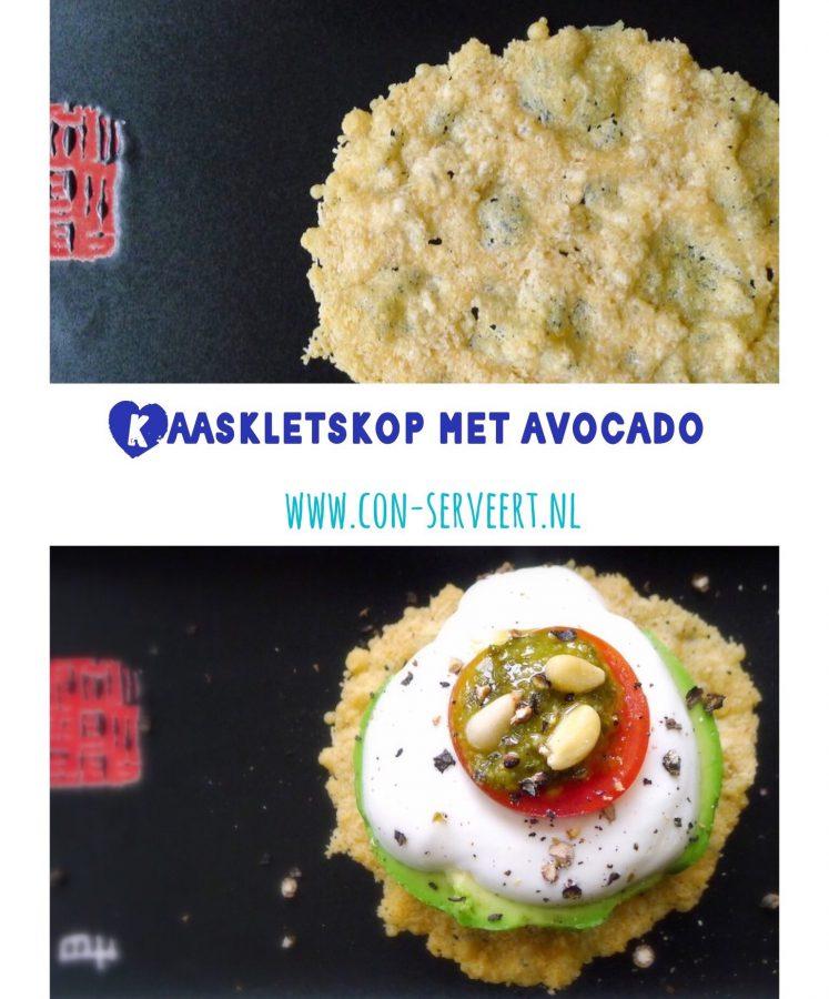 Een prachtig klein gerechtje op je Paas-tafel, deze kaaskletskop met avocado. En lekker koolhydraatarm natuurlijk. Beleg met avocado en je krijgt ook nog eens goede vetten binnen ~ minder koolhydraten, maximale smaak ~ www.con-serveert.nl