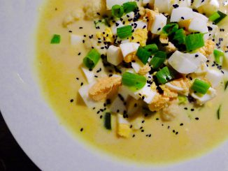 Vegetarische Thaise currysoep
