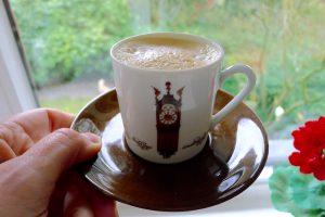 Koffie bij de Foodtalk. Geen dag zonder koffie. Gewoon zwart. Lekker genieten. ~ minder koolhydraten, maximale smaak ~ www.con-serveert.nl