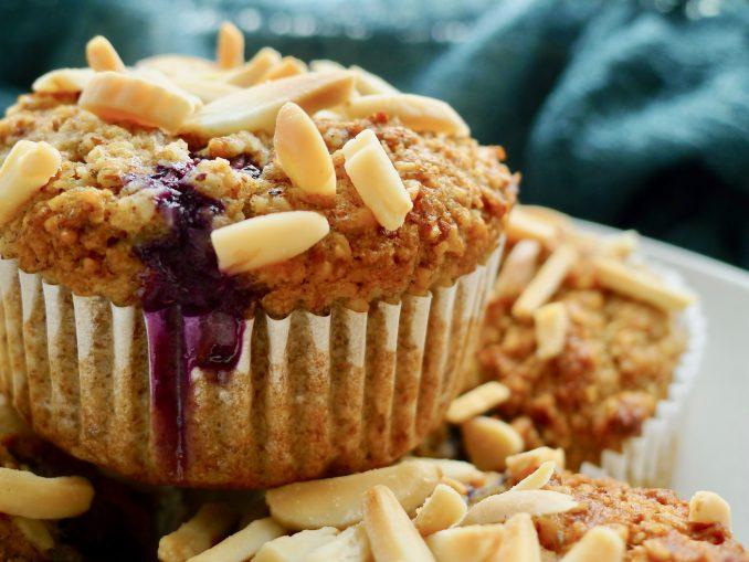 Koolhydraatarme bosbessen muffins recept ~ minder koolhydraten, maximale smaak ~ www.con-serveert.nl