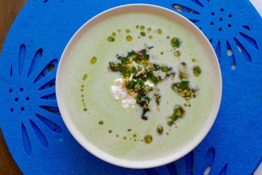 Koude erwtensoep met munt-olie recept ~ minder koolhydraten, maximale smaak ~ www.con-serveert.nl