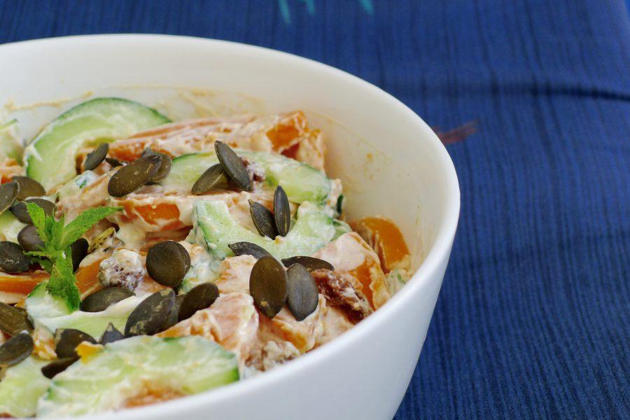 Zoete aardappel raita salade recept ~ minder koolhydraten, maximale smaak ~ www.con-serveert.nl