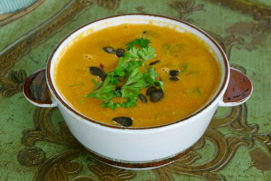 Tomaten-pompoensoep recept ~ minder koolhydraten, maximale smaak ~ www.con-serveert.nl
