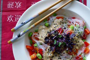 Japanse noedelsalade recept ~ minder koolhydraten, maximale smaak ~ www.con-serveert.nl