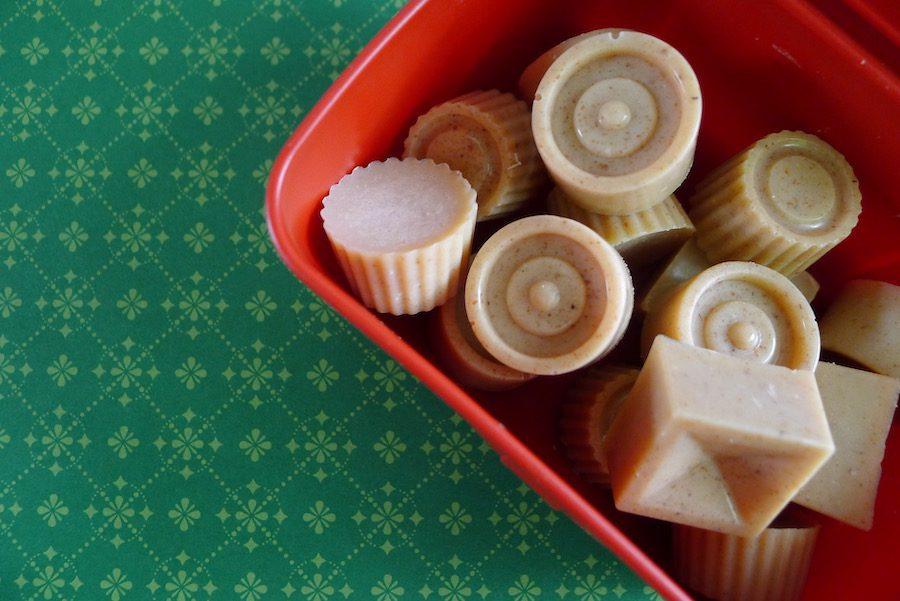 Witte chocolade amandel zeezout bonbons recept ~ minder koolhydraten, maximale smaak ~ www.con-serveert.nl