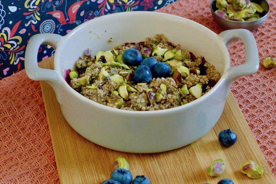 Bosbessen crumble met kardemom recept ~ minder koolhydraten, maximale smaak ~ www.con-serveert.nl