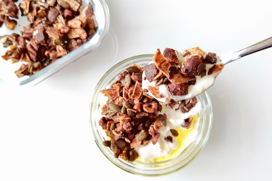Crunchy keto granola met cacaoboter