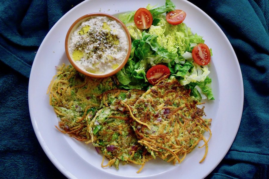 Broccoli zoete aardappel fritters recept ~ minder koolhydraten, maximale smaak ~ www.con-serveert.nl