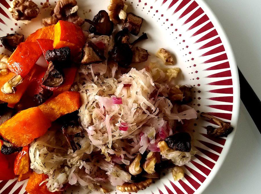 Romige zuurkool met kruiden recept ~ minder koolhydraten, maximale smaak ~ www.con-serveert.nl