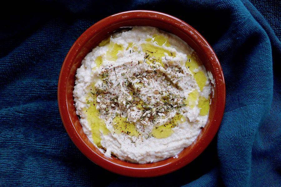 Skyr hummus recept ~ minder koolhydraten, maximale smaak ~ www.con-serveert.nl