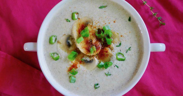 Hongaarse champignonsoep (Gombaleves)