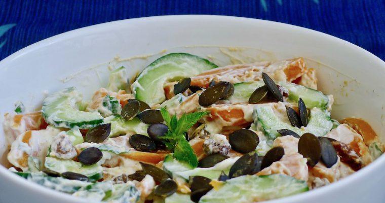 Zoete aardappel salade met Indiase munt raita
