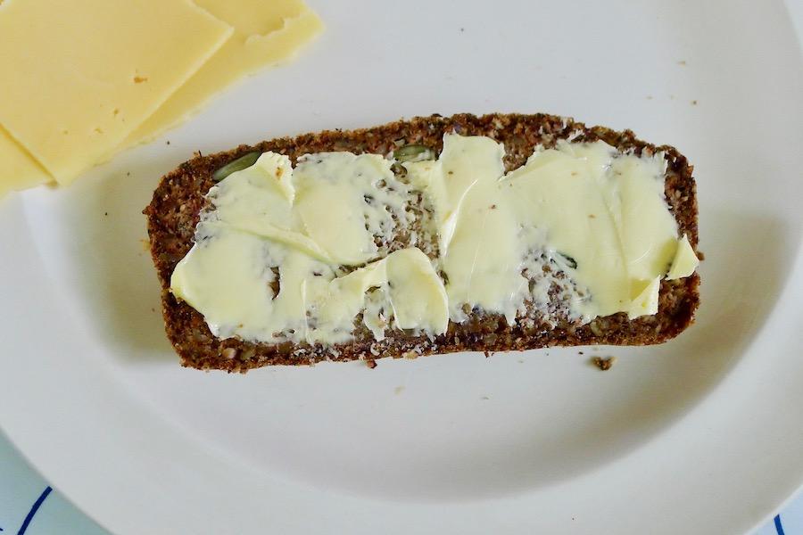 Boekweit-amandelbrood, glutenvrij recept ~ minder koolhydraten, maximale smaak ~ www.con-serveert.nl
