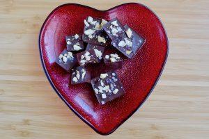 Chocofudge met cashewnoten recept ~ minder koolhydraten, maximale smaak ~ www.con-serveert.nl