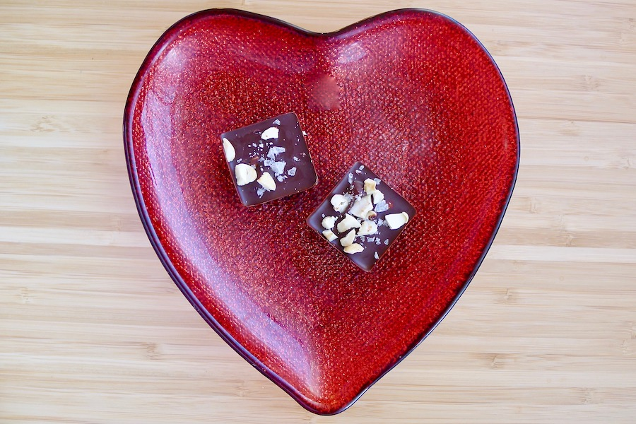 Chocolade fudge met cashewnoten en zeezout