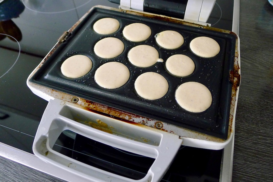 Koolhydraatarme glutenvrije poffertjes recept ~ minder koolhydraten, maximale smaak ~ www.con-serveert.nl