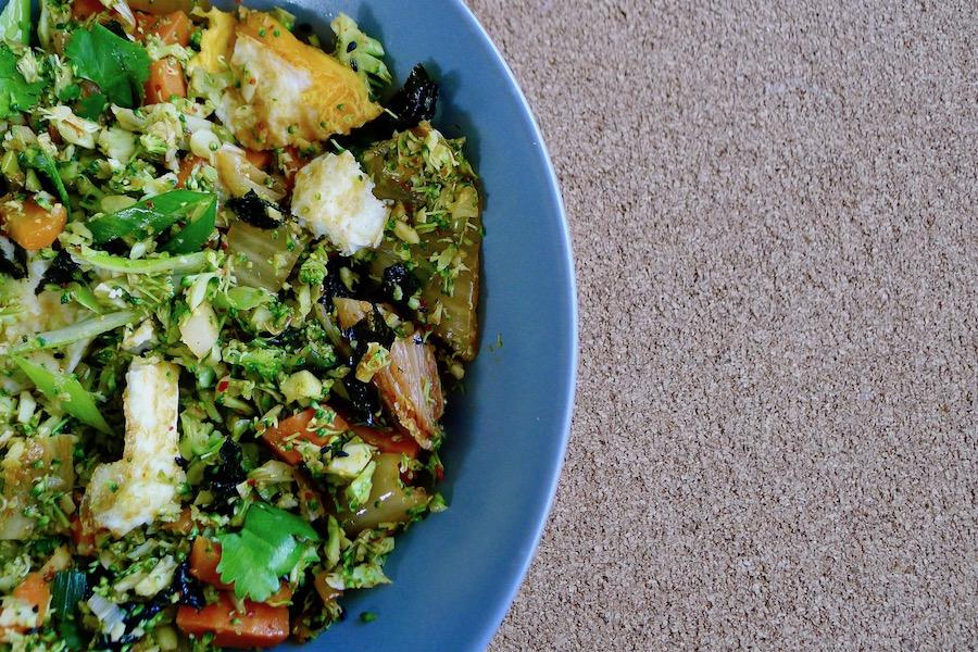 Kimchi broccolirijst recept ~ minder koolhydraten, maximale smaak ~ www.con-serveert.nl