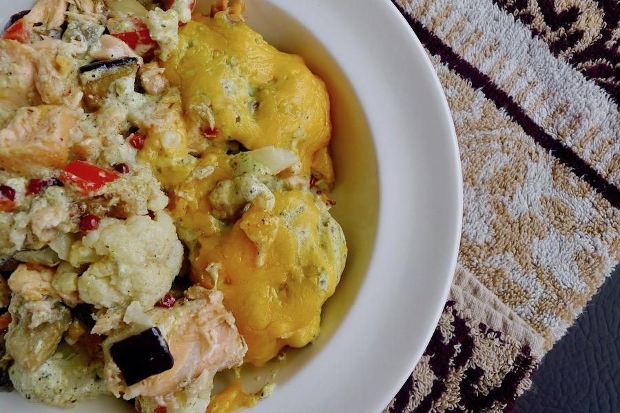 Bloemkool ovenschotel met zalm en mosterdsaus recept ~ minder koolhydraten, maximale smaak ~ www.con-serveert.nl